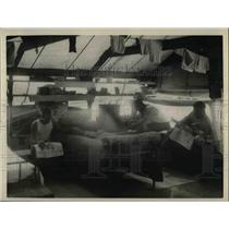 1926 Press Photo Prisoner Road Workers Sleeping in Tent