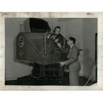 1942 Press Photo Claude Seaton, Robert Franklin at Love Field