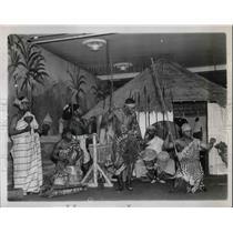1938 Press Photo Dwela Tribe Doing a War Dance