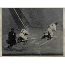 1936 Press Photo Brooklyn's Eckhardt Grounds Out at Polo Grounds against Giants