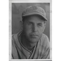 1938 Press Photo Frank Gabler of Boston Bees - nea44347