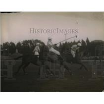 1915 Press Photo Polo match at Cooperstown in progress