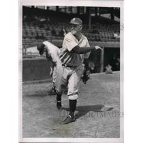 1935 Press Photo Alvin Crowder Pitcher Detroit Tigers World Series Bound MLB