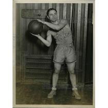1927 Press Photo Charles Hochman, College of City of New York Basketball Forward