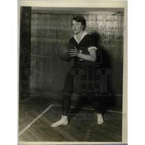 1927 Press Photo Bernice Krauter, Basketball Guard, Hunter College New York City