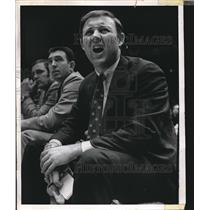 1970 Press Photo Coach yelling during a game.