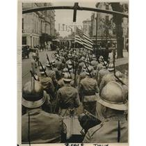 1916 Press Photo Military Parade Yale Commencement College Ave. New Haven