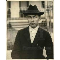 1921 Press Photo N.E. Hicks Principal Of Knobel School In Mondamus Suit