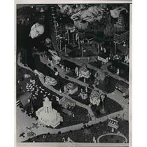 1938 Press Photo Charles Cole Built Miniature City