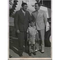 1935 Press Photo Alaskan Mercy Flyer Joe Crosson With Jimmy Mattern - nea55859