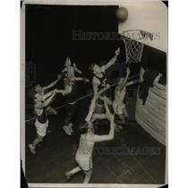 1930 Press Photo Pete Wisniewski, Fordham University Basketball Guard