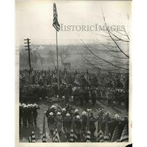 1932 Press Photo Boy Scouts gathering to pay tribute to George Washington