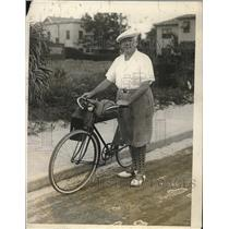 1928 Press Photo Arthur Hammerstein on Daily Bicycle Jaunt in Palm Beach Florida