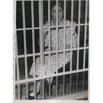 1934 Press Photo Louise Stevens Jessen in jail for passing out handbills without