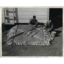 1943 Press Photo Hopper, Tiroux Aviation Cadets With Design of Squadron 104