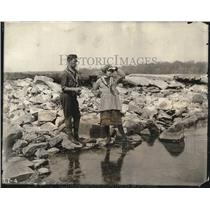 1922 Press Photo Fred Beauvais & Christina McNulty in the film The Lonely Trail