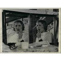 1931 Press Photo Ethelynn Koepke, Teaching at Rochester Museum to Stardom