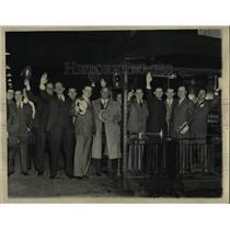 1934 Press Photo Sportswriters Leaving Grand Central Station - nea67878