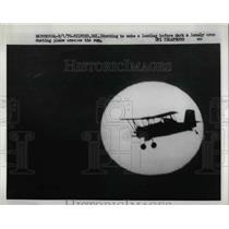 1970 Press Photo Crop dusting plane in Milford Delaware - nea65467