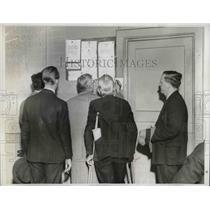 1936 Press Photo Job Posting at the Mills Hotel Cooperative Placement Bureau.