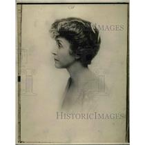 1919 Press Photo Portrait of Mrs. Barber by William Barbee
