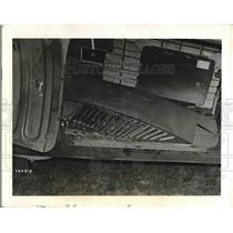 1945 Press Photo Quick Delivery Conveyor Belt, C47 Plane, Air Technical Service