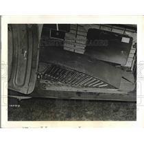 1945 Press Photo Quick Delivery Conveyor Belt, C47 Plane, Air Technical Service