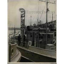 1927 Press Photo U.S.Coast Guard Patrol Patrol picked up wreckage plane in Conn.