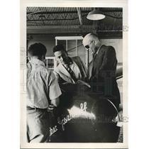 1938 Press Photo Denis Mulligan, Bureau of Air Commerce, Earl R Southee, Soaring