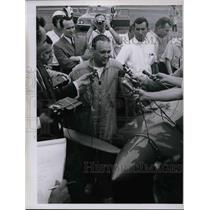 1967 Press Photo News Conference for Jim Beele After Flight Tim Culek