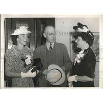 1939 Press Photo Graham Grosvenor Elizabeth Trippe Pan American Dixie Clipper