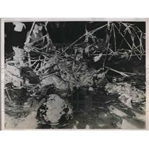 1936 Press Photo Charred Wreckage of Harvey Beechcraft Biplane