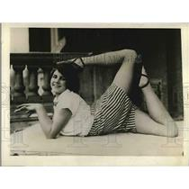 1927 Press Photo Claire Leonard at gymnastics exhibition - nea84418