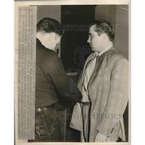 1948 Press Photo John T Murphy at Detroit Airport