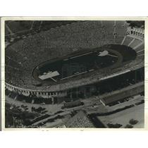 1932 Press Photo Aerial view of LA. Cal. Olympic Stadium as marathon starts