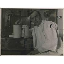 1916 Press Photo Dr. A. D. Houghton & Invention To Measure Conversation Length