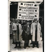 1931 Press Photo Committee of The American Federation of Labor Pickets