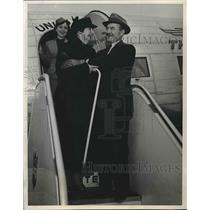 1941 Press Photo Mrs. Marion Huggins,Walter Wilson & Stewardess Killian Rogers