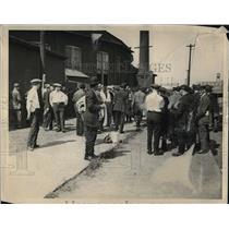 1922 Press Photo striking railroad workers