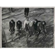 1936 Press Photo Emile Diot Alvaro Giorgetti Madison Square Garden Riding Bikes