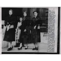 1953 Press Photo Edgar Sanders Wife&3 Daughters British Foreign Office London