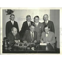 1933 Press Photo Coal Leaders signing Code - RRT73913