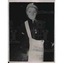1936 Press Photo Eddie Kuhn of Tacoma, Wash. on his magazine route