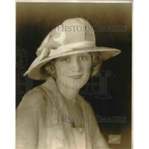 1921 Press Photo Turquois Blue Duvetyn Mushroom hat