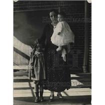 1923 Press Photo Madame Daniel Steen, Jeanne, Madeleine Steen, Norway
