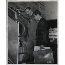 1948 Press Photo Luis Julie Suarez, Cuban scholar & Dr Ricardo Diaz malaver