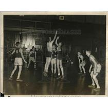 1927 Press Photo Yale University Basketball Practice in New Haven, CT