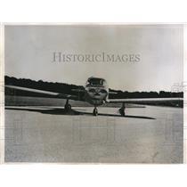 1948 Press Photo successful test of crosswind landing wheels on airplane