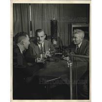 1948 Press Photo Nobel Prize Winner in Physics Sr Arthur Compton & Dr Anton Carl