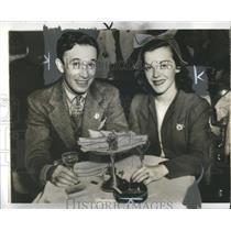 1940 Press Photo Dixie Dunbar Gene Snyder Actors - RRS15243